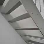 מדרגות אלומיניום